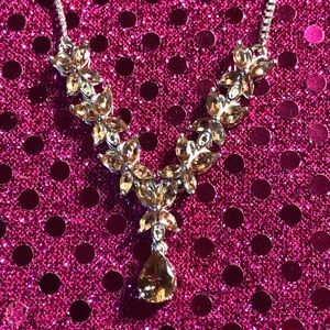 Jewelry - Andalucite Sterling Silver Necklace Very Pretty